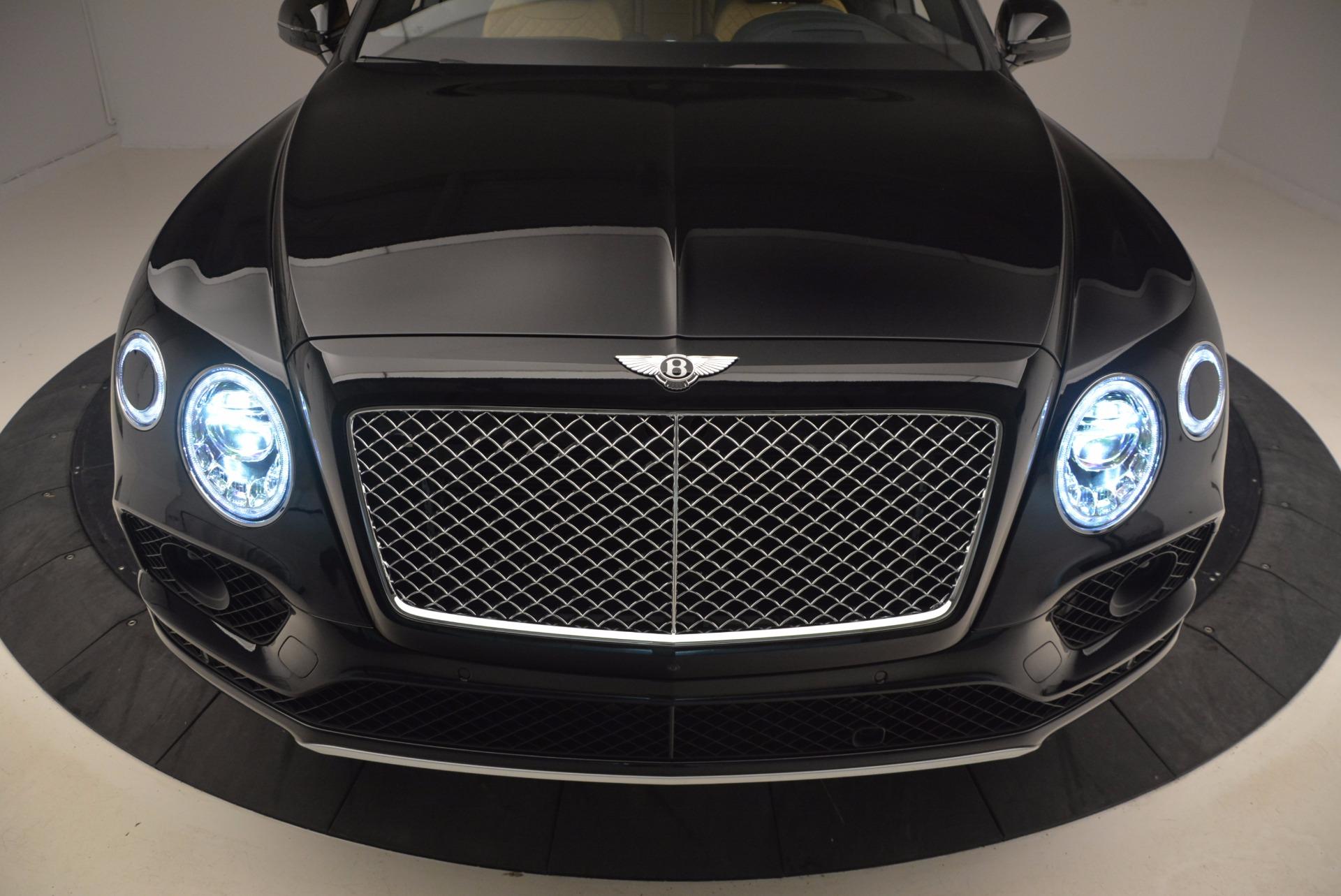 Used 2017 Bentley Bentayga  For Sale In Westport, CT 989_p17