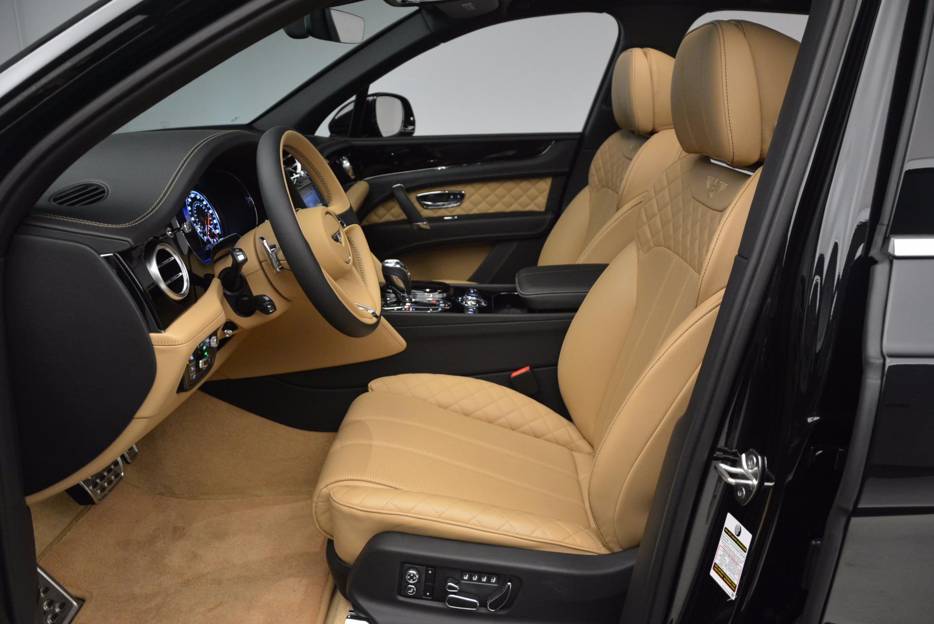 Used 2017 Bentley Bentayga  For Sale In Westport, CT 989_p23