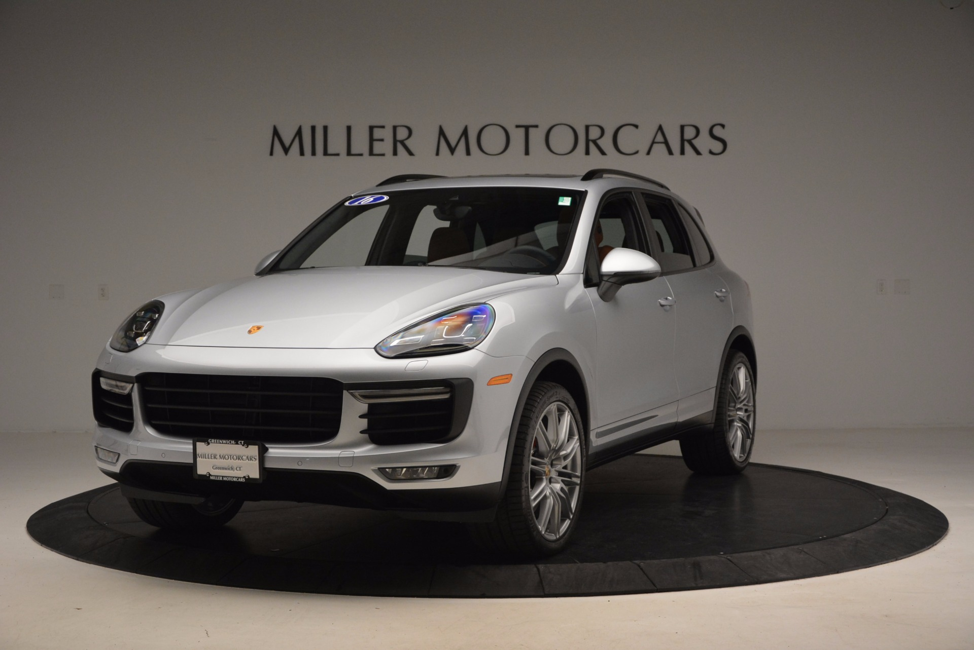 Used 2016 Porsche Cayenne Turbo for sale Sold at Maserati of Westport in Westport CT 06880 1