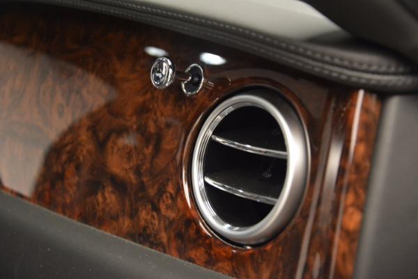 Used 2014 Bentley Flying Spur for sale Sold at Maserati of Westport in Westport CT 06880 10