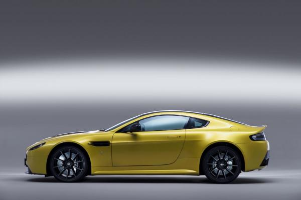 New 2017 Aston Martin V12 Vantage S for sale Sold at Maserati of Westport in Westport CT 06880 2