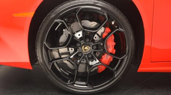 Used 2016 Lamborghini Huracan LP 580-2 for sale Sold at Maserati of Westport in Westport CT 06880 17