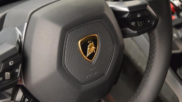 Used 2016 Lamborghini Huracan LP 580-2 for sale Sold at Maserati of Westport in Westport CT 06880 24