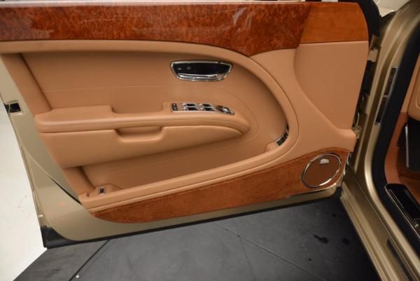 Used 2011 Bentley Mulsanne for sale Sold at Maserati of Westport in Westport CT 06880 20