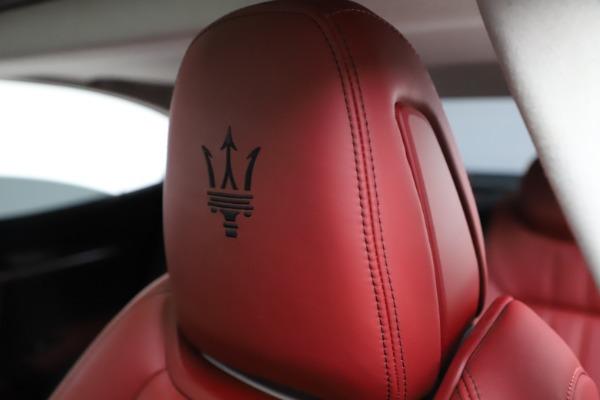 Used 2017 Maserati Ghibli S Q4 for sale Sold at Maserati of Westport in Westport CT 06880 17