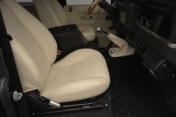 Used 1985 LAND ROVER Defender 110 for sale Sold at Maserati of Westport in Westport CT 06880 16