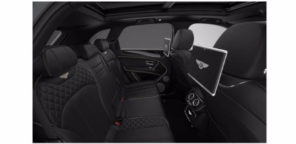 Used 2017 Bentley Bentayga W12 for sale Sold at Maserati of Westport in Westport CT 06880 7