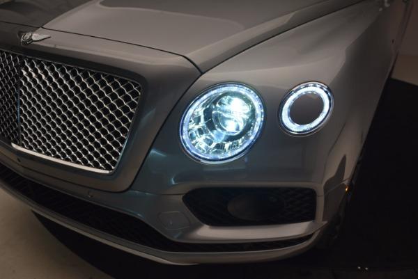 New 2018 Bentley Bentayga Onyx for sale Sold at Maserati of Westport in Westport CT 06880 17