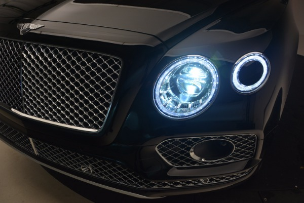 New 2018 Bentley Bentayga Activity Edition-Now with seating for 7!!! for sale Sold at Maserati of Westport in Westport CT 06880 19