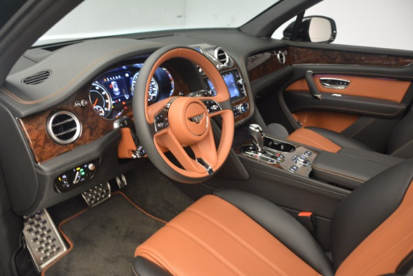New 2018 Bentley Bentayga Activity Edition-Now with seating for 7!!! for sale Sold at Maserati of Westport in Westport CT 06880 24