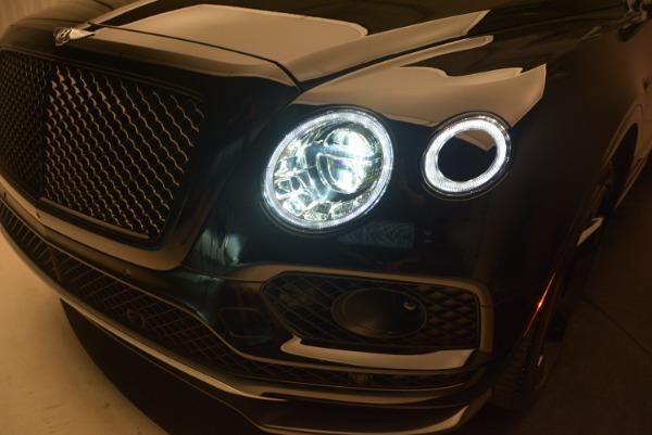 New 2018 Bentley Bentayga Black Edition for sale Sold at Maserati of Westport in Westport CT 06880 17