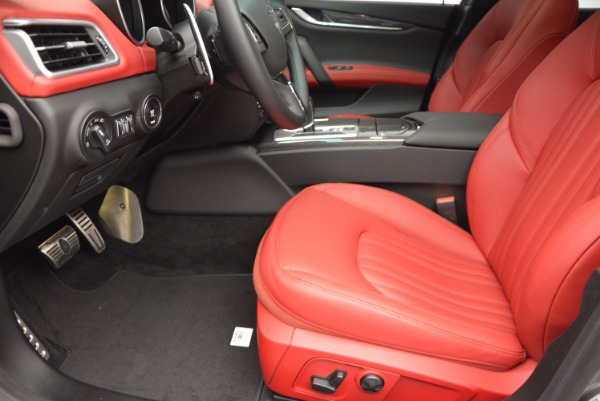 Used 2015 Maserati Ghibli S Q4 for sale Sold at Maserati of Westport in Westport CT 06880 14