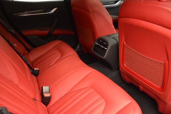 Used 2015 Maserati Ghibli S Q4 for sale Sold at Maserati of Westport in Westport CT 06880 23