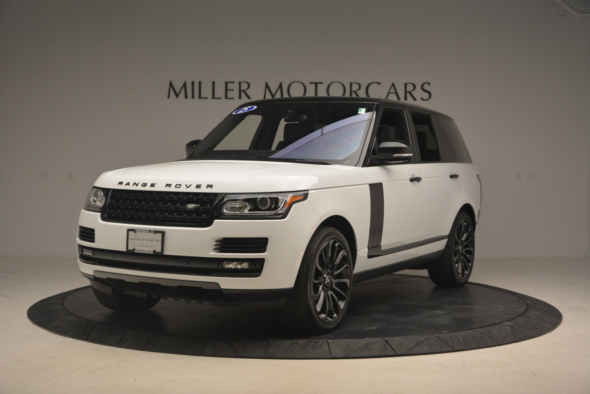 Used 2015 Land Rover Range Rover Supercharged for sale Sold at Maserati of Westport in Westport CT 06880 1
