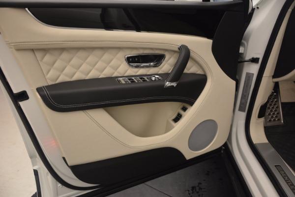 Used 2018 Bentley Bentayga Black Edition for sale $159,900 at Maserati of Westport in Westport CT 06880 28