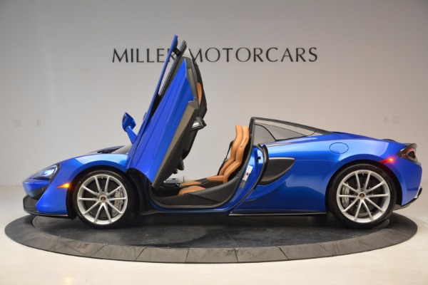 Used 2018 McLaren 570S Spider for sale Call for price at Maserati of Westport in Westport CT 06880 15