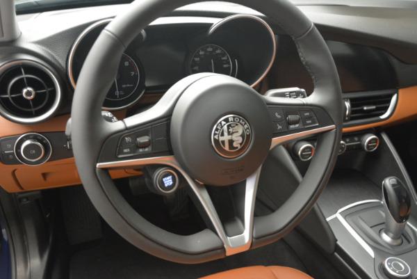 New 2017 Alfa Romeo Giulia Q4 for sale Sold at Maserati of Westport in Westport CT 06880 13