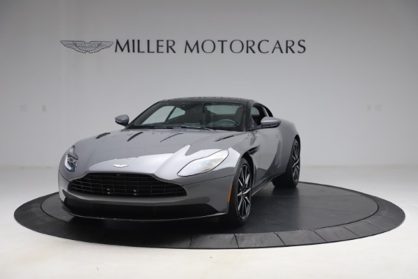 Used 2017 Aston Martin DB11 V12 for sale $149,900 at Maserati of Westport in Westport CT 06880 12