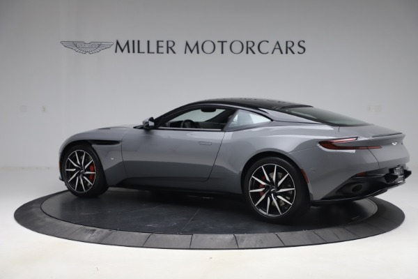 Used 2017 Aston Martin DB11 V12 for sale $149,900 at Maserati of Westport in Westport CT 06880 3