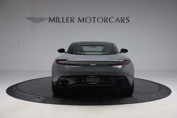 Used 2017 Aston Martin DB11 V12 for sale $149,900 at Maserati of Westport in Westport CT 06880 5
