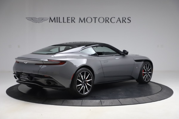 Used 2017 Aston Martin DB11 V12 for sale $149,900 at Maserati of Westport in Westport CT 06880 7