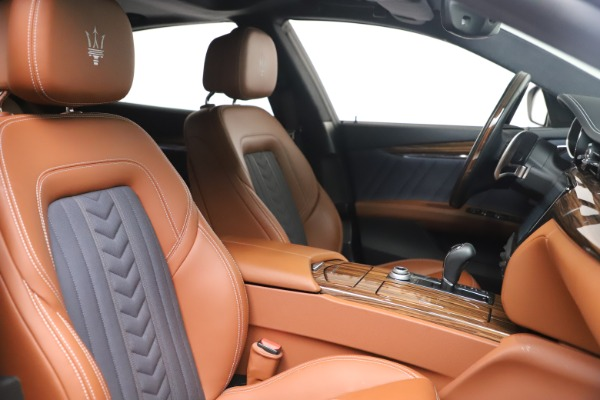 Used 2017 Maserati Quattroporte SQ4 GranLusso/ Zegna for sale $62,900 at Maserati of Westport in Westport CT 06880 21