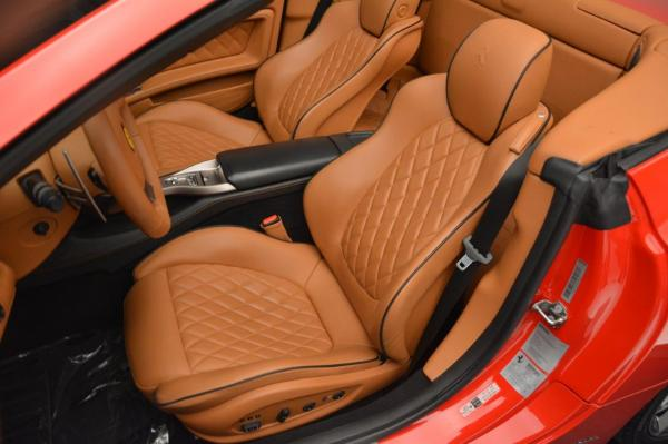 Used 2011 Ferrari California for sale Sold at Maserati of Westport in Westport CT 06880 27