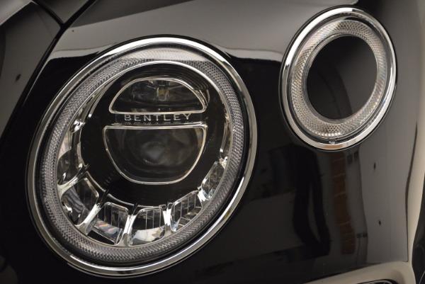 Used 2018 Bentley Bentayga Onyx Edition for sale $149,900 at Maserati of Westport in Westport CT 06880 15