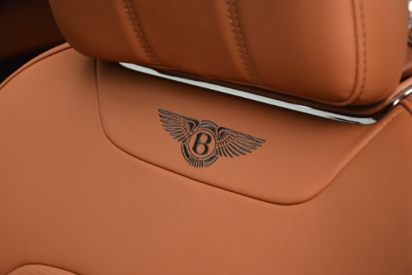 Used 2018 Bentley Bentayga Onyx Edition for sale $149,900 at Maserati of Westport in Westport CT 06880 26
