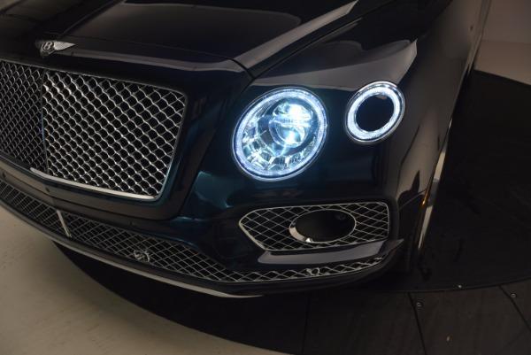 Used 2018 Bentley Bentayga W12 Signature for sale Sold at Maserati of Westport in Westport CT 06880 19