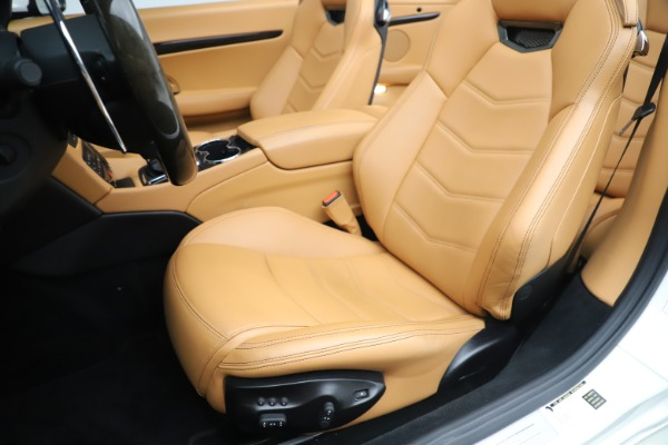 Used 2017 Maserati GranTurismo Convertible Sport for sale $84,900 at Maserati of Westport in Westport CT 06880 25