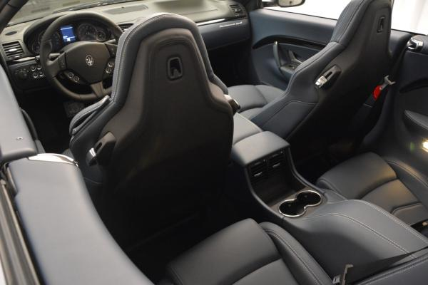 New 2016 Maserati GranTurismo Convertible Sport for sale Sold at Maserati of Westport in Westport CT 06880 23