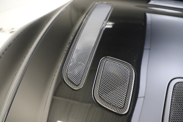 Used 2017 Aston Martin V12 Vantage S Coupe for sale $179,900 at Maserati of Westport in Westport CT 06880 26