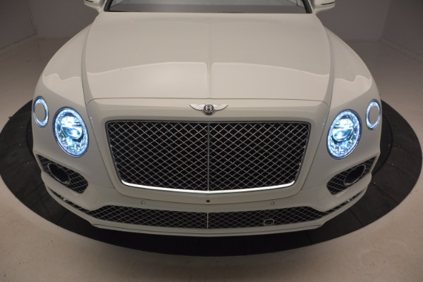Used 2018 Bentley Bentayga Onyx for sale Call for price at Maserati of Westport in Westport CT 06880 14