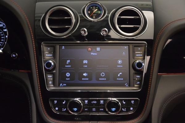 Used 2018 Bentley Bentayga Onyx for sale Call for price at Maserati of Westport in Westport CT 06880 28