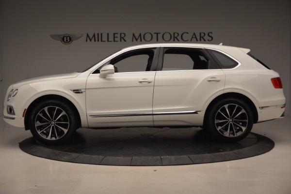 Used 2018 Bentley Bentayga Onyx for sale Call for price at Maserati of Westport in Westport CT 06880 3