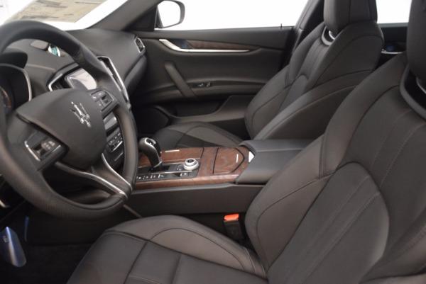 Used 2018 Maserati Ghibli S Q4 Gransport for sale Sold at Maserati of Westport in Westport CT 06880 16