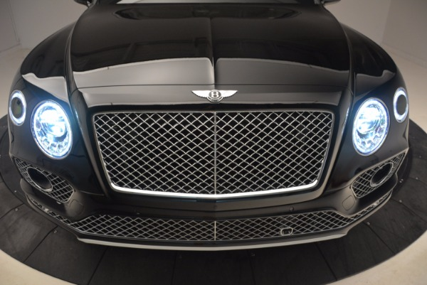 Used 2018 Bentley Bentayga Onyx Edition for sale $139,900 at Maserati of Westport in Westport CT 06880 15