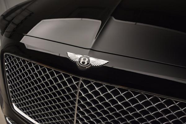 Used 2018 Bentley Bentayga Onyx Edition for sale $139,900 at Maserati of Westport in Westport CT 06880 16
