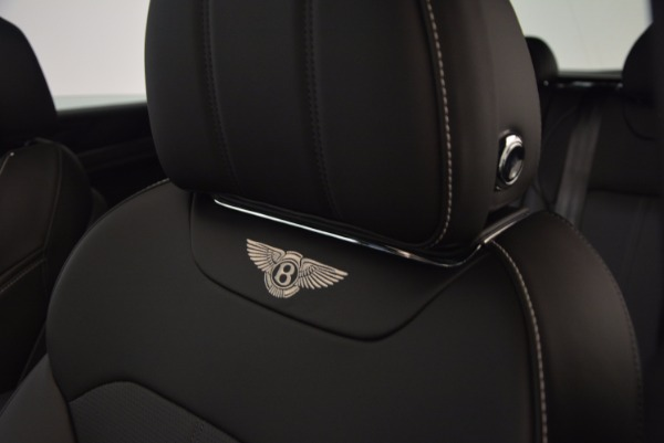 Used 2018 Bentley Bentayga Onyx Edition for sale $139,900 at Maserati of Westport in Westport CT 06880 21