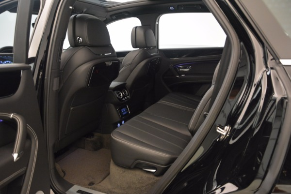 Used 2018 Bentley Bentayga Onyx for sale $145,900 at Maserati of Westport in Westport CT 06880 22