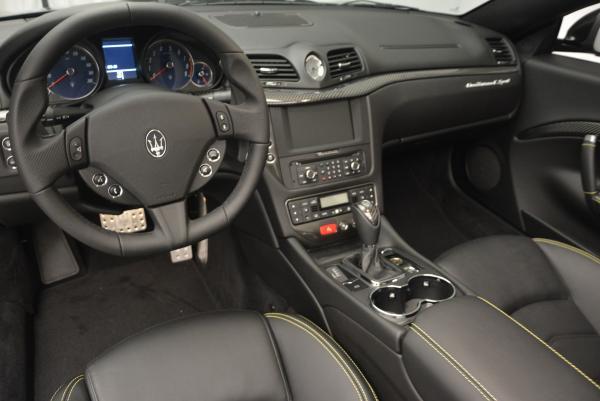 New 2017 Maserati GranTurismo Convertible Sport for sale Sold at Maserati of Westport in Westport CT 06880 21
