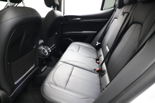 Used 2018 Alfa Romeo Stelvio Q4 for sale Sold at Maserati of Westport in Westport CT 06880 19