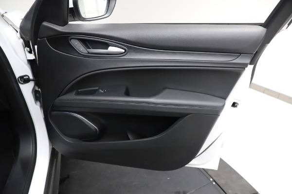 Used 2018 Alfa Romeo Stelvio Q4 for sale Sold at Maserati of Westport in Westport CT 06880 24
