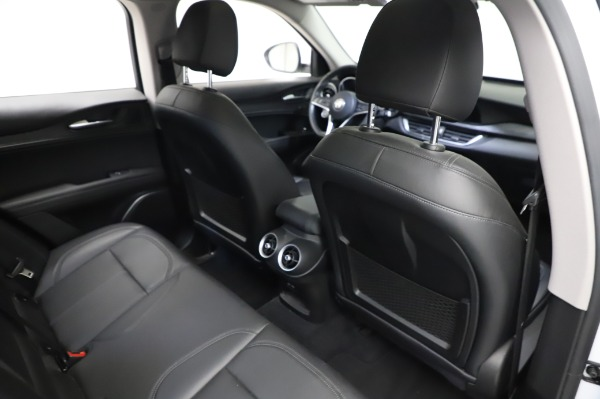 Used 2018 Alfa Romeo Stelvio Q4 for sale Sold at Maserati of Westport in Westport CT 06880 26