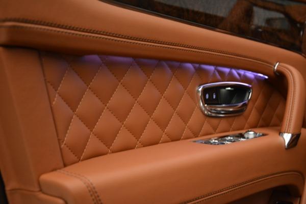 Used 2018 Bentley Bentayga W12 Signature for sale $156,900 at Maserati of Westport in Westport CT 06880 18