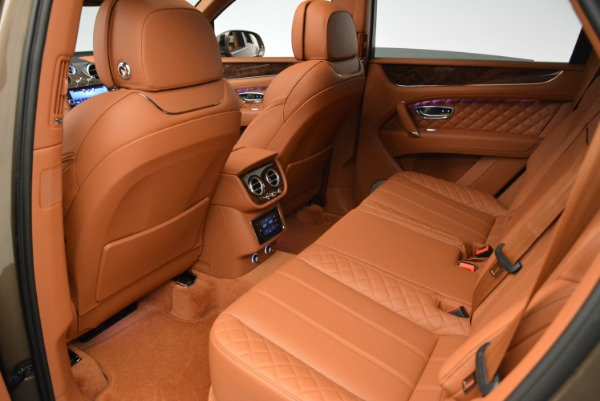 Used 2018 Bentley Bentayga W12 Signature for sale $156,900 at Maserati of Westport in Westport CT 06880 23