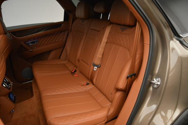 Used 2018 Bentley Bentayga W12 Signature for sale $156,900 at Maserati of Westport in Westport CT 06880 25