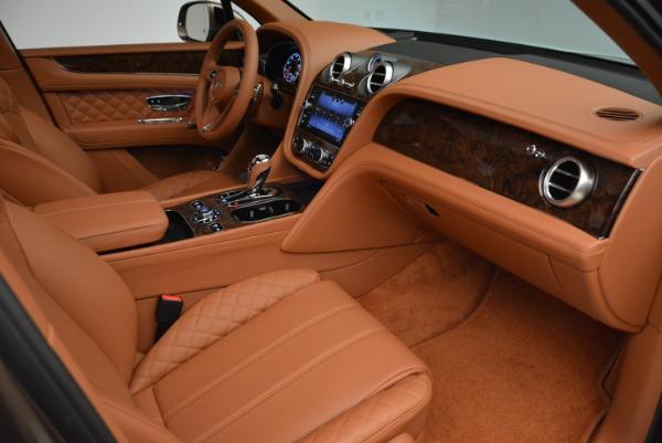 Used 2018 Bentley Bentayga W12 Signature for sale $156,900 at Maserati of Westport in Westport CT 06880 27