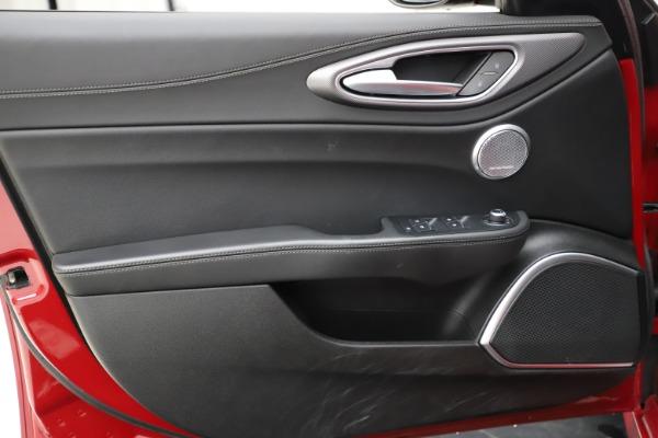 Used 2018 Alfa Romeo Giulia Ti Sport Q4 for sale Sold at Maserati of Westport in Westport CT 06880 17